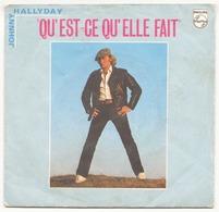 45 TOURS JOHNNY HALLYDAY PHILIPS 6010216 QU EST CE QU ELLE FAIT / A PARTIR DE MAINTENANT - Vinyl Records