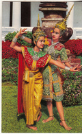 "A  Posture ""  Lakorn "" Thai Theatricial Play    Une Posture De Théâtre Théâtral Thaïlandais De Lakorn - Tailandia"
