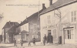 Saint Seine-en-Bache - Rue Principale - France
