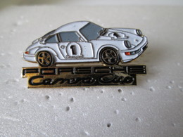PIN'S    PORSCHE  911  CARRERA CUP  BLANCHE - Porsche
