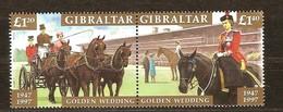 Gibraltar 1997 Yvertn° 810-811 *** MNH Cote 14 Euro Noces D' Or Reine Elizabeth II Chevaux Paarden - Gibraltar