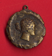 B-32684 Greece 1975. Medal Of The Mont-Parnes Casino. - Casino