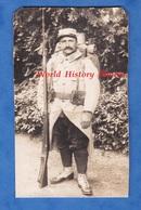 CPA Photo - Beau Portrait D'un Poilu Du 65e Régiment D'Infanterie Territorial - Fusil Chaussures Arme Gun WW1 Soldat - Guerra 1914-18