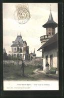 CPA Flins-Neuve-Eglise, Une Cour Du Chateau - Francia