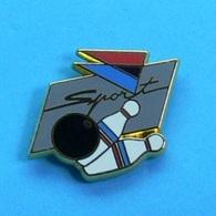 1 PIN'S //   ** SPORT / AIR INTER / BOWLING ** . (Ballard Doré à L'Or Fin) - Avions