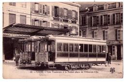 3458 - Laon ( 02 ) - Les Tramways à La Station , Place De L'Hotel De Ville - M.T.I.L. - N°64 - - Laon