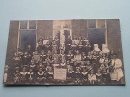 Groepsfoto ( Plaat I.d. Hand : Aan Den Gezant Van Spanje - Heer HAEREN 1914 --- 1918 ( Foto +/- 14,5 X 8,5 Cm. ) ! - Personnes Identifiées