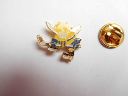 Beau Pin's , Hockey Sur Glace , ASM , Belfort ?? - Badges