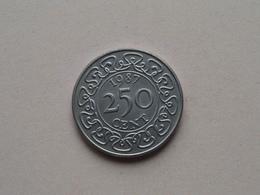 1987 - 250 Cent ( KM 24 ) Uncleaned ! - Surinam 1975 - ...