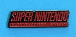 1 PIN'S //    ** SUPER NINTENDO / ENTERTAINMENT SYSTEM ** . (Fonidul) - Games