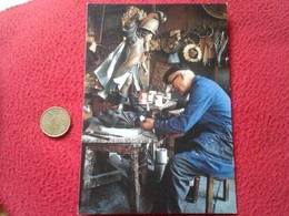 SPAIN POSTAL POST CARD CARTE POSTALE CRAFTSMAN ARTISAN Handwerker SANTIAGO DE COMPOSTELA A LA CORUÑA ARTESANO TRABAJANDO - Artesanal