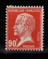 YV 178 N** Pasteur Cote 23,50 Euros - France