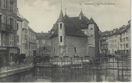 74 (  Haute Savoie ) - ANNECY - Les Vieilles Prisons (  Commerce Cafes Piollet ) - Annecy
