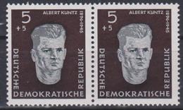 """Albert Kuntz DDR 635I Mit PF """"H"""" Mit Fleck (150,-) Postfrisch Im Paar Mit Normaler Marke - DDR"""