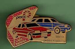 LADA SAGONA - SKODA FAVORIT *** 0091 - Badges