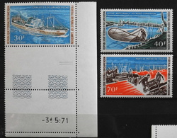 Afrique > Cameroun 1971 - La Pêche Au Cameroun - Poste Aérienne N° 182 à 184 Y & T - NEUFS** - Métiers