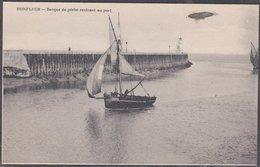Honfleur : Barque De Pêche Rentrant Au Port (191x) - Honfleur