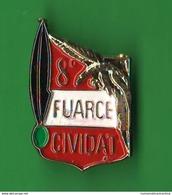 ALPINI 8° Battaglione Venzone Cividat Fuarce Spilla / Pin Anni 80 - Altri
