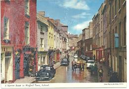 A NARROW STREET IN WEXFORD TOWN - IRELAND - Wexford