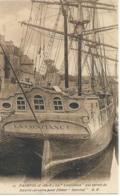 """Boot - Bateau - Ship - Schiff - La """" Confiance """" Qui Servit De Navire Corsaire Pour Filmer """"Surcouf"""" - Paimpol - 27 - Guerre"""