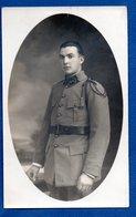Carte Photo  -- Soldat Français  - 1929 - Uniformes