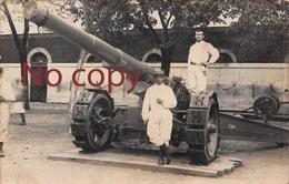 Tarbes (65) - Carte Photo - Copain Camarade Canon Artillerie - Militaire Militaria Soldat Artilleurs - Tarbes