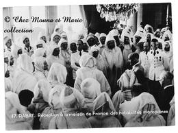 RABAT - RECEPTION A LA MAISON DE FRANCE DES NOTABILITES MAROCAINES - PHOTO 22.5 X 16.5 CM - Personnes Identifiées