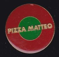 59102. Pin's.Pizza Matteo .Biguglia. - Books & CDs