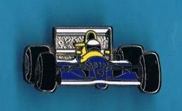 1 PIN'S  //  ** WILLIAMS RENAULT / FW15C / ALAIN PROST / CANON ** . (Locomobile) - F1