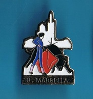 1 PIN'S //  ** B. MARSELLA // CORRIDA ** - Corrida