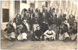 Groupe De Soldats - 4ème Régiment De Zouaves - Regiments