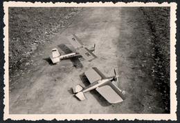 B9990 - TOP Foto - Modellflugzeug Flugzeug Modell Propellerflugzeug - Fotografie