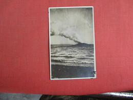 RPPC To ID Volcano  Ref. 3085 - Postcards