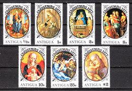 1977  -  Antigua. Natale, Riquadri Di Madonna Con Bambino. Madonna With Child. Christmas. MNH - Natale