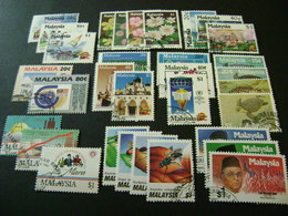 Malaysia 1990-1993 Complete Stamp Issues (SG 432-460, 462-496, Ms497, 498-519) 3 Images - Used - Malaysia (1964-...)