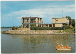 Drimmelen - Restaurant 'De Biesbosch' - Watersportcentrum - Nederland