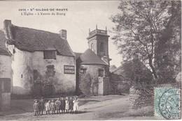 SAINT-GILDAS DE RHUYS - L'Eglise - L'Entrée Du Bourg - Groupe D'Enfants - TBE - Other Municipalities