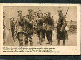 CPA - Mitrailleurs Allemands Faits Prisonniers Avec Leur Arme Par Les Soldats Français - Guerre 1914-18