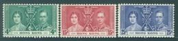 HONG KONG -  MNH/**- 1937 - CORONATION - Yv  137-139 SMALL BROWN TRACES -  Lot 18314 - Hong Kong (...-1997)