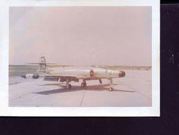 Photo Ancienne Avion De Chasse Base Aerienne De Gimli Au Canada 1956 - Aviation