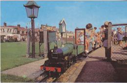 Postcard - Miniature Steam Railway Felixstowe - VG - Postcards