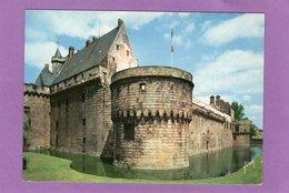 44 NANTES Le Château Ducal Et Ses Anciennes Douves - Nantes