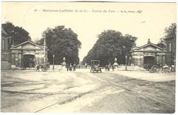 CPA 78 MAISON LAFFITTE Entrée Du Parc  Voiture - Attelages (cachet Perlé Vaux Le Penil 1915) - Maisons-Laffitte