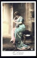 CPA-PHOTO ANCIENNE FRANCE- JEUNE FEMME ASSISE- M. LIANE AVEC UNE TOILETTE DE REDFERN- GROS PLAN - Frauen