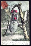 CPA-PHOTO ANCIENNE COLORISÉE  FRANCE- FEMME AVEC LETTRE DE L'ALPHABET EN BRANCHES D'ARBRE : LE A- FEMME ASSISE- - Frauen