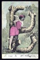 CPA-PHOTO ANCIENNE COLORISÉE  FRANCE- FEMME AVEC LETTRE DE L'ALPHABET EN BRANCHES D'ARBRE : LE B- ROBE COURTE- - Frauen