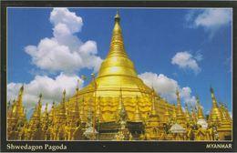 Myanmar 2018 Landscape/Views Postcard — Shwedagon Pagoda (beautiful Stamp And Special Postmark At Back) - Myanmar (Burma)
