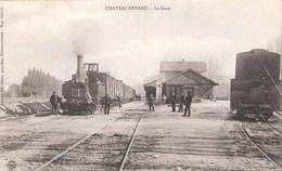 Château-Renard  (45 - Loiret )  Arrivée Du Train En  Gare - France