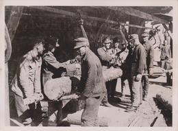 SEILBAHN AN DER FRONT HOLZ   FOTO DE PRESSE WW2 WWII WORLD WAR 2 WELTKRIEG Aleman Deutchland - Guerra, Militares