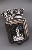 Pin's Blason Ecusson Couronne Aven D' Orgnac Réf 5162 - Villes